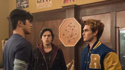 Riverdale : le showunner tease de la relation entre Archie et Reggie
