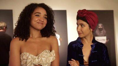 The Bold Type : le duo Kat/Adena se dévoile un peu plus en vidéo