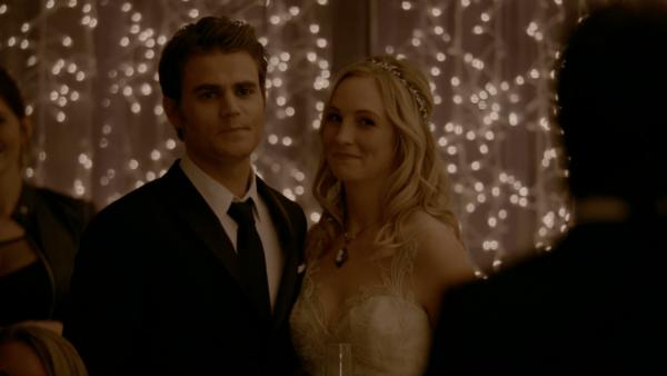 815-131-Stefan~Damon-Caroline-Wedding-min