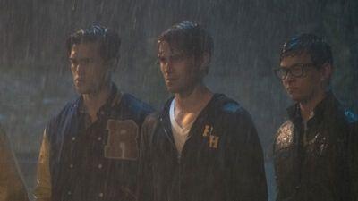 Riverdale saison 2 : une nouvelle folle théorie sur le tueur fait le buzz