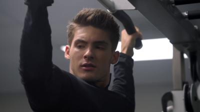 Cody Christian (Theo) veut reprendre son rôle dans le spin-off de Teen Wolf