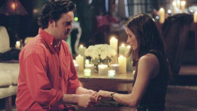 Friends : tous les indices qui annonçaient le couple Monica et Chandler