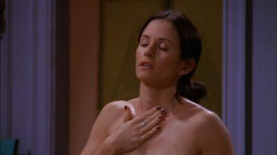 Friends, Riverdale : ces scènes de sexe de séries complètement gênantes