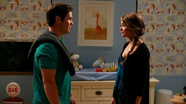 Andy et Haley Modern family