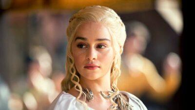 Game of Thrones : Emilia Clarke se confie avec émotion sur ses deux ruptures d'anévrisme