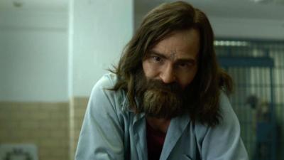 Mindhunter : la série dévoile son terrifiant Charles Manson et les fans n'en reviennent pas