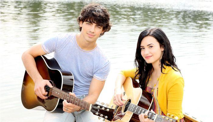 Demi Lovato et Joe Jonas - Camp Rock