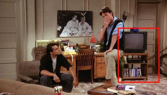 La porte de la chambre de Chandler friends