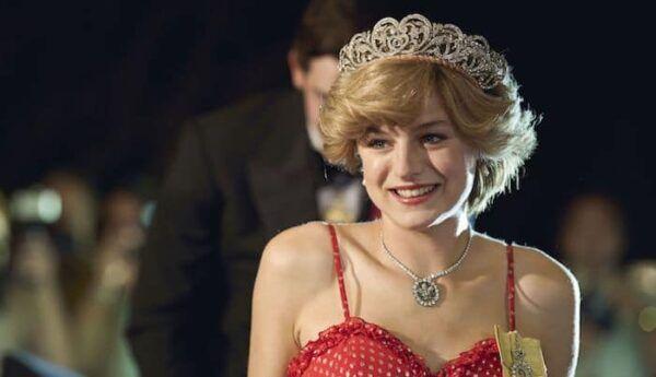 Emma Corrin Diana The Crown