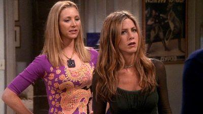 Friends : la drôle d'anecdote de Lisa Kudrow sur son fils et Jennifer Aniston