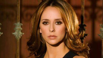 Quiz : seul un vrai fan de Jennifer Love Hewitt saura citer un max de séries en un temps record