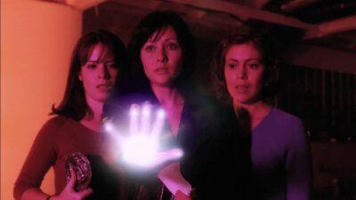 Charmed : aviez-vous remarqué cette actrice de PLL dans le reboot ?