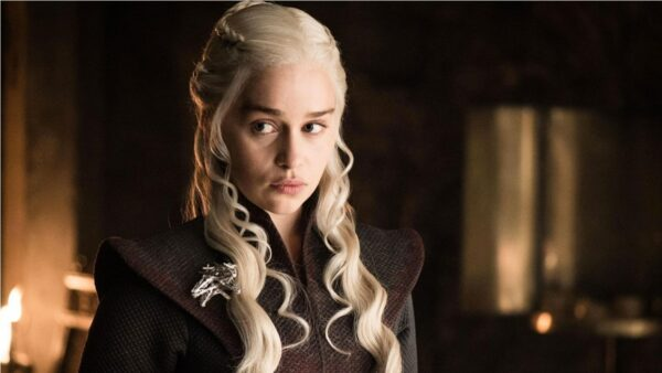 emilia clarke game of thrones daenerys targaryen