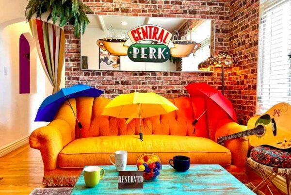 friends-airbnb-1