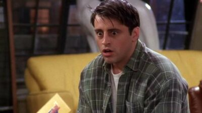 Friends : aviez-vous remarqué cette incohérence sur la rencontre entre Joey et le groupe ?