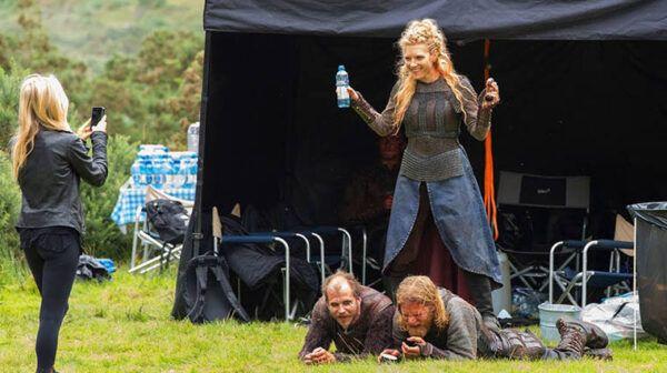 lagertha-floki-vikings-coulisses