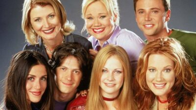 Sabrina, l'apprentie sorcière : offre-toi le dressing 90's de la série aux enchères