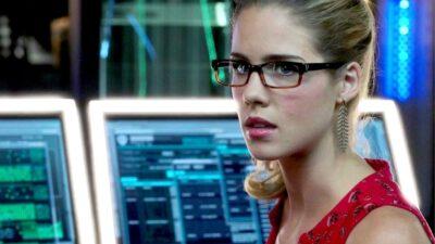 Arrow : saviez-vous que Felicity Smoak n'était censée apparaître que dans un épisode ?