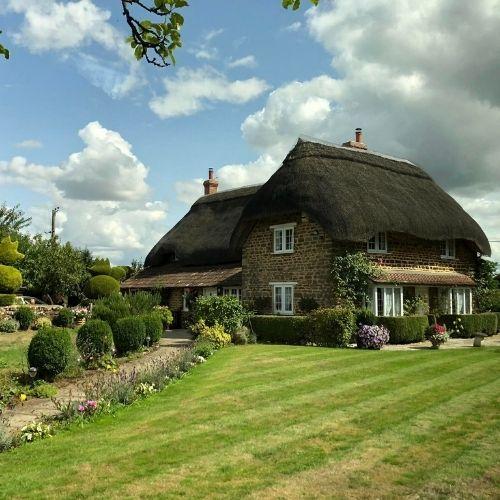 Un cottage dans la campagne anglaise