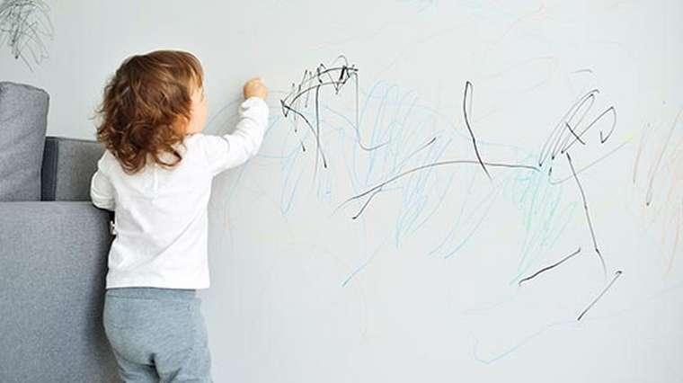 De dessiner sur les murs