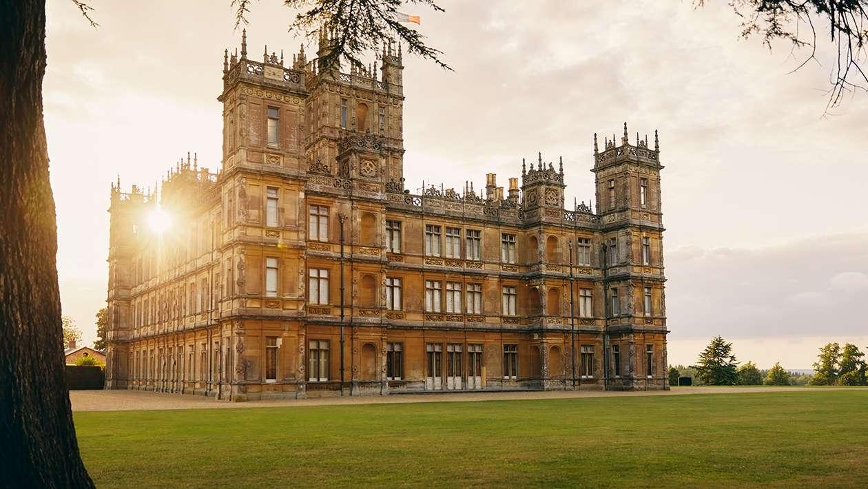 Dans le château de Downton Abbey