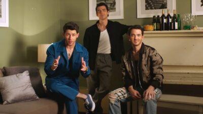 Les Jonas Brothers vont se faire insulter dans une émission complètement déjantée sur Netflix