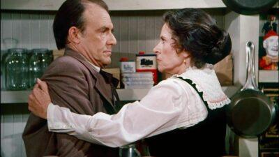 La Petite Maison dans la Prairie : pourquoi Katherine MacGregor (Harriet) et Richard Bull (Nels) ne s'entendaient pas au début de la série